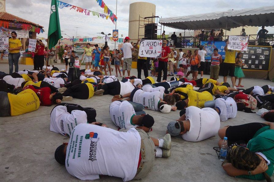 Youth Hold FIRST-EVER Prolife Die-In for Brazil